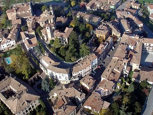 Il centro storico di Neive.